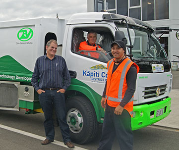 Electric truck with drivers and ZEV managing director.